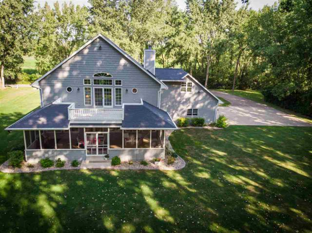 1814 Indian Point Road, Oshkosh, WI 54901 (#50187519) :: Dallaire Realty