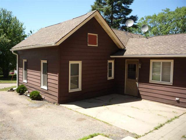 316 Oak Street, Manawa, WI 54945 (#50187663) :: Todd Wiese Homeselling System, Inc.