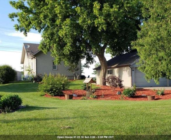 2788 Riveridge Lane, Green Bay, WI 54313 (#50188081) :: Todd Wiese Homeselling System, Inc.