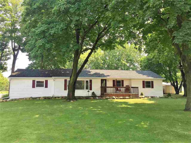 2492 Bay Settlement Road, Green Bay, WI 54311 (#50188153) :: Dallaire Realty