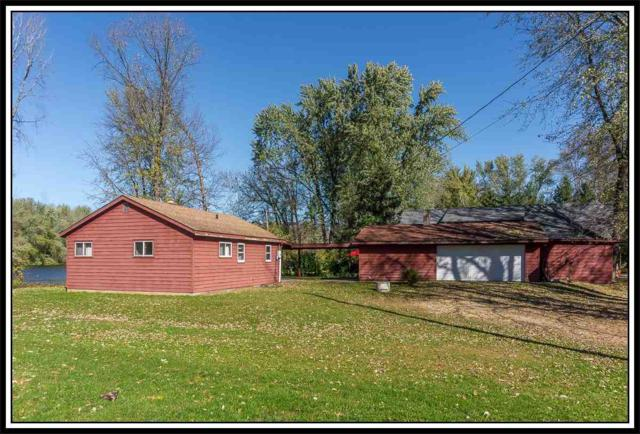 E8360 Shaw Road, New London, WI 54961 (#50188239) :: Dallaire Realty