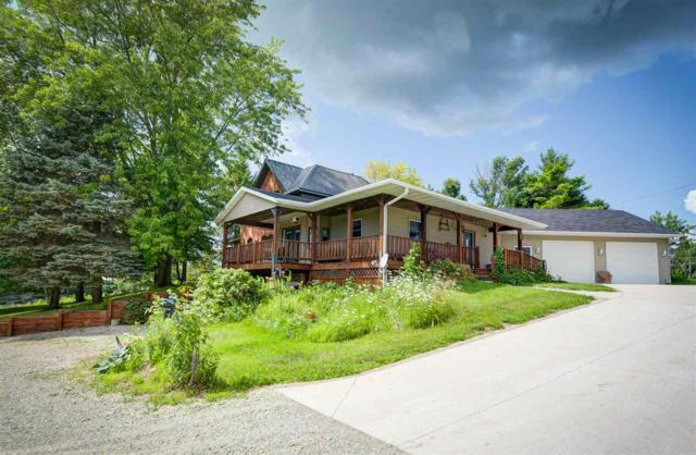 N7640 Hwy 47, Black Creek, WI 54106 (#50188995) :: Todd Wiese Homeselling System, Inc.