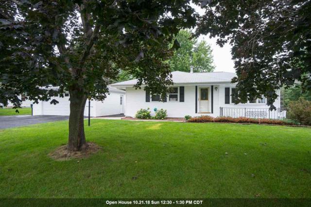 6587 Spruce Lane, Winneconne, WI 54986 (#50189391) :: Symes Realty, LLC