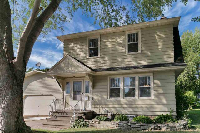 707 Derby Lane, Green Bay, WI 54301 (#50189486) :: Dallaire Realty