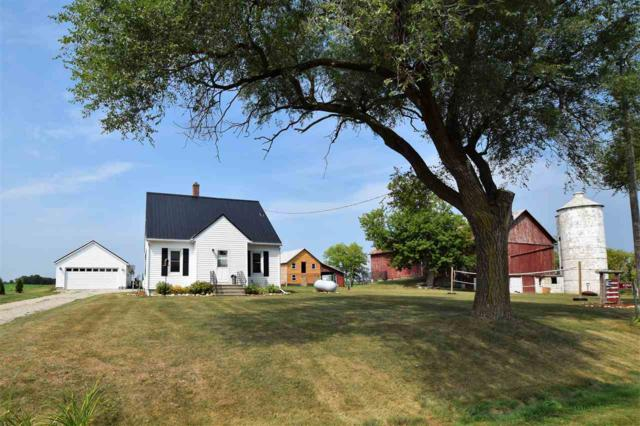 4384 Hwy Ddd, Wrightstown, WI 54180 (#50189993) :: Dallaire Realty