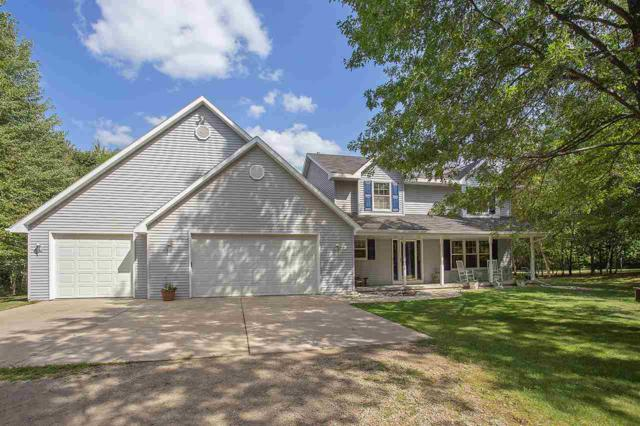 6890 S Chase Road, Sobieski, WI 54171 (#50190368) :: Dallaire Realty