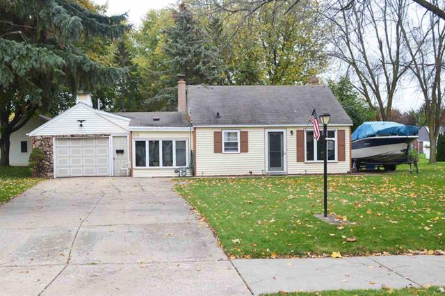 818 Adams Street, Little Chute, WI 54140 (#50190957) :: Dallaire Realty
