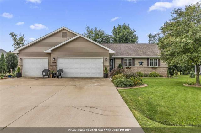 9513 Laura Lane, Winneconne, WI 54986 (#50191432) :: Dallaire Realty
