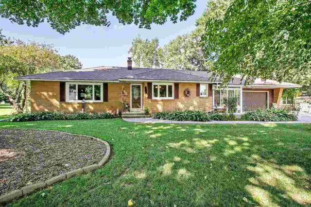 620 W Sunset Avenue, Appleton, WI 54911 (#50191478) :: Symes Realty, LLC