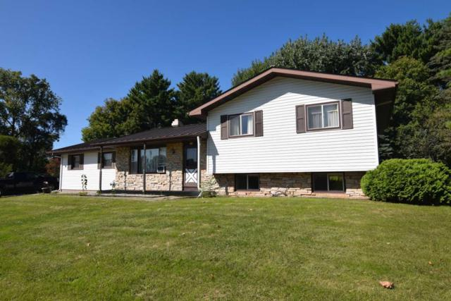 574 E 4TH Street, Manawa, WI 54949 (#50191532) :: Dallaire Realty