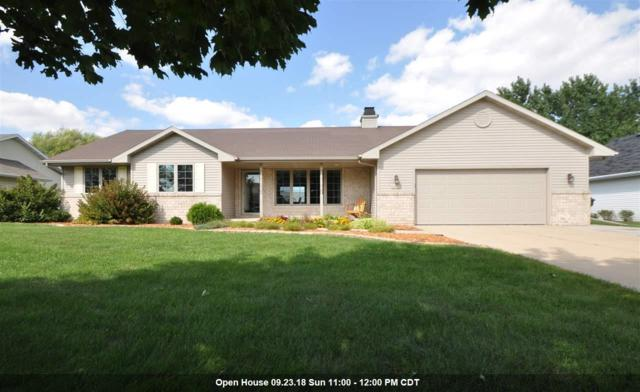 1240 Maplewood Court, De Pere, WI 54115 (#50191550) :: Dallaire Realty