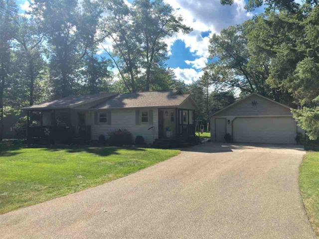 N6545 W Loon Lake Circle, Shawano, WI 54166 (#50191621) :: Dallaire Realty