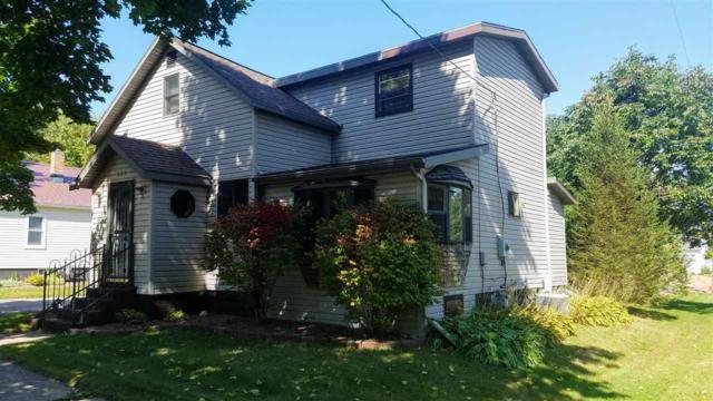 527 Pine Street, New London, WI 54961 (#50191779) :: Dallaire Realty