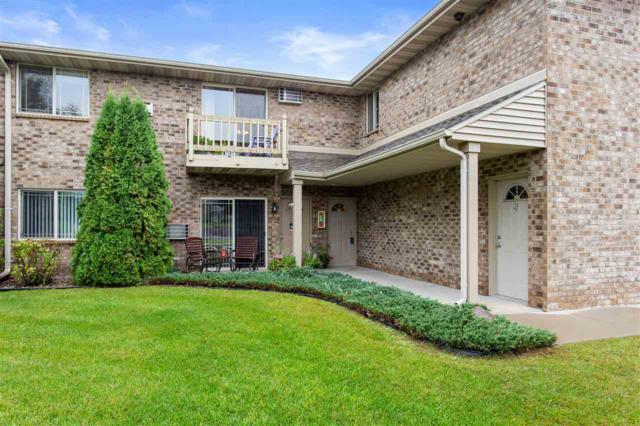 3331 N Casaloma Drive #17, Appleton, WI 54913 (#50191820) :: Dallaire Realty