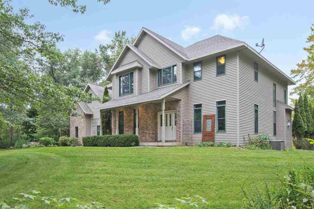 3080 Nuthatch Lane, Oconto, WI 54153 (#50192013) :: Todd Wiese Homeselling System, Inc.