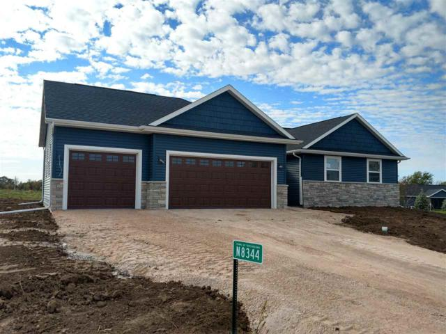 N8344 Maplewood Court, Fond Du Lac, WI 54937 (#50192148) :: Todd Wiese Homeselling System, Inc.
