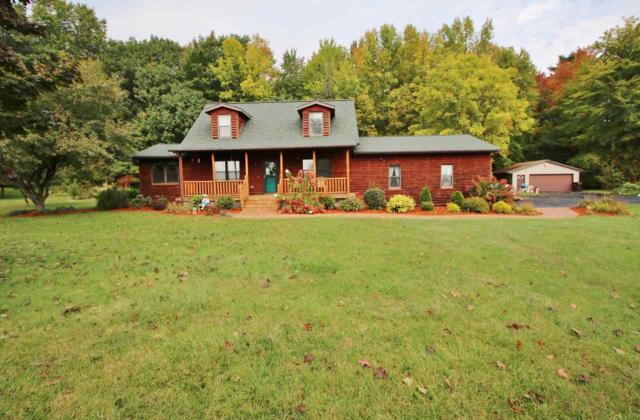 1713 Foster Drive, Little Suamico, WI 54141 (#50192626) :: Symes Realty, LLC