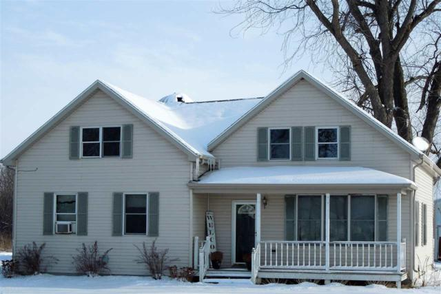 4161 Hwy Ddd, Wrightstown, WI 54180 (#50193211) :: Todd Wiese Homeselling System, Inc.