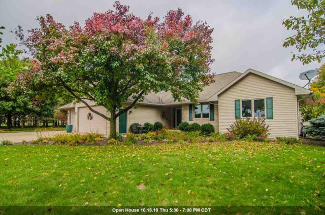 7424 Breeze Lane, Pulaski, WI 54162 (#50193230) :: Symes Realty, LLC