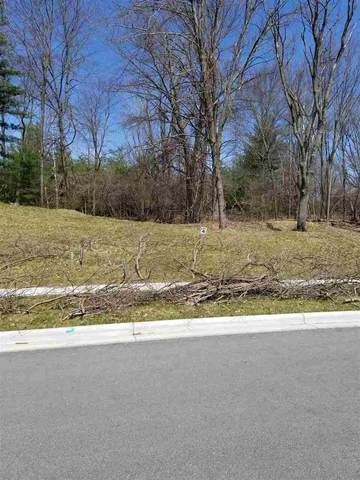 3350 Woodland Ridge, Green Bay, WI 54313 (#50193346) :: Carolyn Stark Real Estate Team
