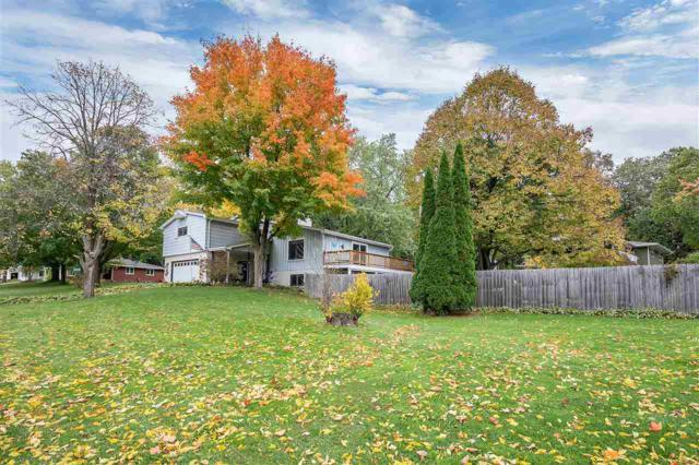 393 Bretcoe Drive, Green Bay, WI 54302 (#50193372) :: Symes Realty, LLC