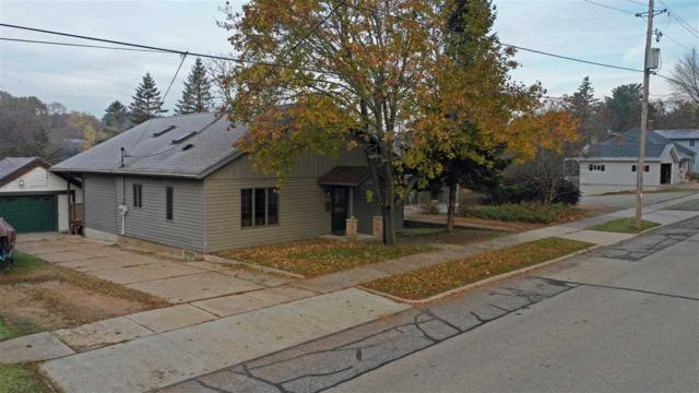 706 S Washington Street, Waupaca, WI 54981 (#50193829) :: Todd Wiese Homeselling System, Inc.