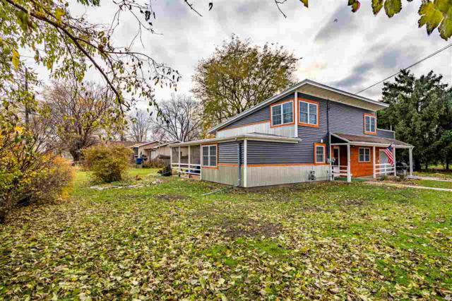 307 W Bent Avenue, Oshkosh, WI 54901 (#50194554) :: Todd Wiese Homeselling System, Inc.