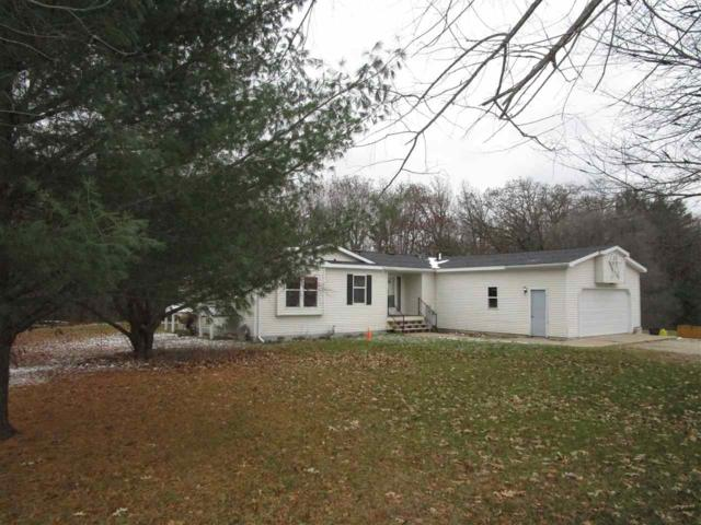 W6515 Hwy 152, Wautoma, WI 54982 (#50194564) :: Symes Realty, LLC
