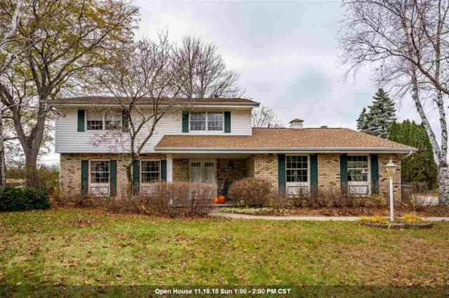 1737 Lake Breeze Road, Oshkosh, WI 54904 (#50194622) :: Todd Wiese Homeselling System, Inc.
