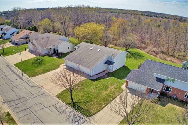 3366 Wiggins Way, Green Bay, WI 54311 (#50194757) :: Todd Wiese Homeselling System, Inc.