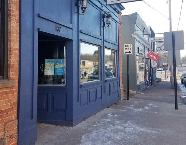 107 W Fulton Street, Waupaca, WI 54981 (#50194858) :: Dallaire Realty