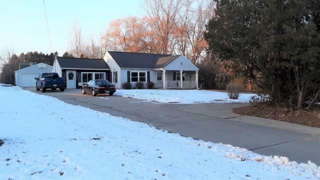 2090 Lost Dauphin Road, De Pere, WI 54115 (#50195592) :: Todd Wiese Homeselling System, Inc.