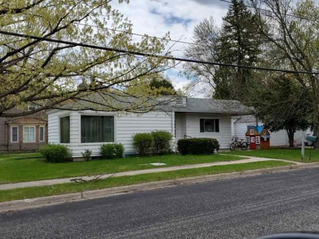 300 S Mary Street, Weyauwega, WI 54983 (#50195634) :: Todd Wiese Homeselling System, Inc.