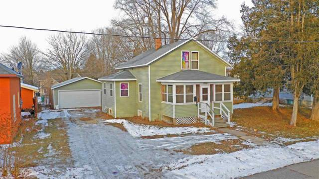 109 Maple Street, Waupaca, WI 54981 (#50196244) :: Todd Wiese Homeselling System, Inc.