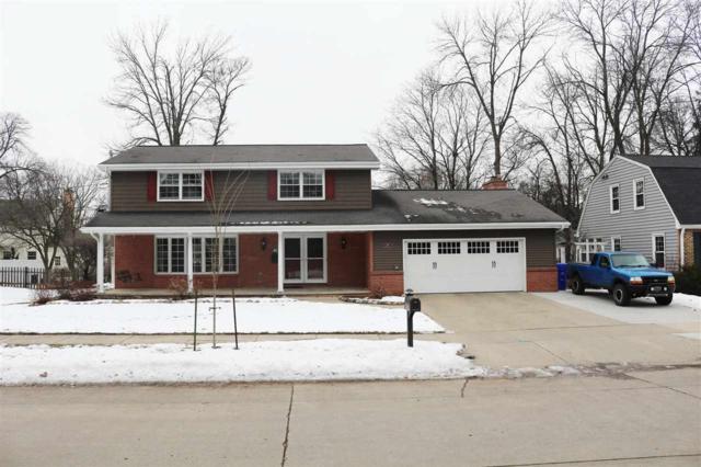 1917 N Edgewood Avenue, Appleton, WI 54914 (#50196656) :: Todd Wiese Homeselling System, Inc.