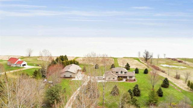 17909 Lakeshore Road, Two Rivers, WI 54241 (#50197109) :: Dallaire Realty