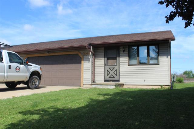 2240 Crary Street, Green Bay, WI 54304 (#50197122) :: Todd Wiese Homeselling System, Inc.