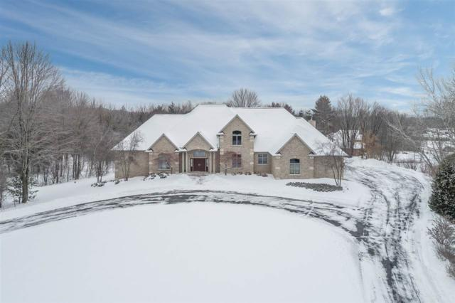 3103 N Brook Hills Drive, Green Bay, WI 54313 (#50197414) :: Todd Wiese Homeselling System, Inc.
