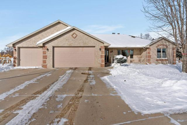 1385 Weatherstone Trail, De Pere, WI 54115 (#50197539) :: Dallaire Realty
