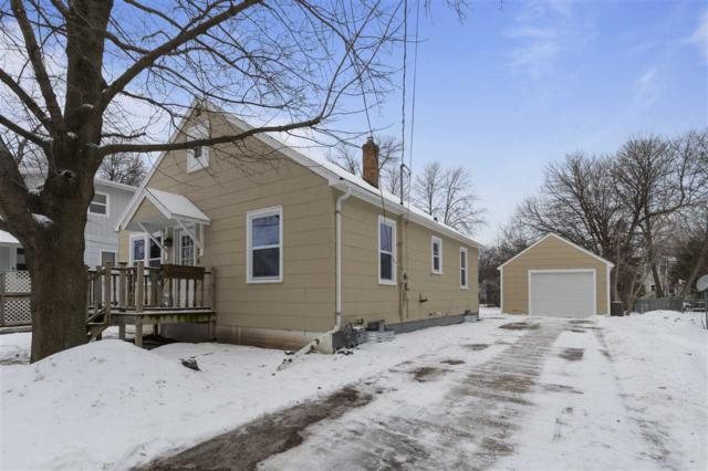 363 Oak Street, Menasha, WI 54952 (#50197611) :: Dallaire Realty