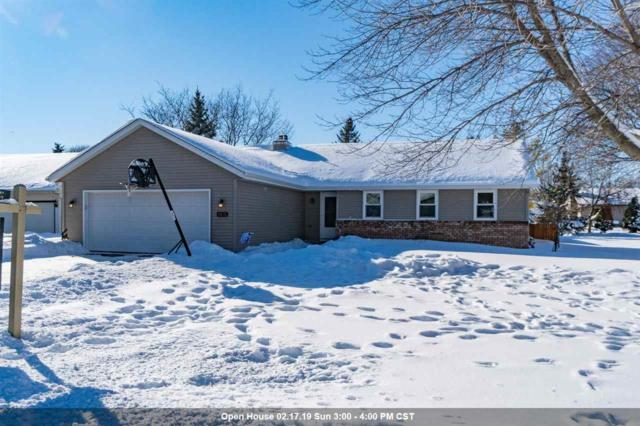 2272 Meadow Green Drive, Neenah, WI 54956 (#50197648) :: Todd Wiese Homeselling System, Inc.