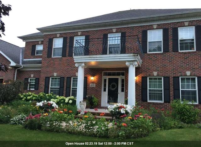 1571 Mesa Drive, Green Bay, WI 54313 (#50197686) :: Todd Wiese Homeselling System, Inc.