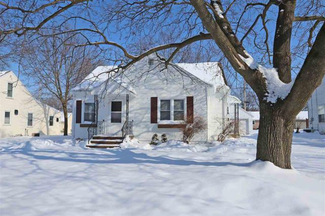 330 Green Street, Seymour, WI 54165 (#50198133) :: Todd Wiese Homeselling System, Inc.