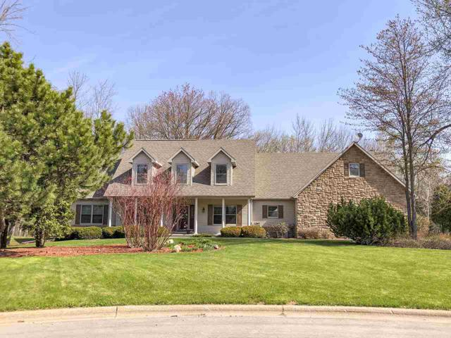 2875 Foxford Court, Green Bay, WI 54313 (#50198234) :: Todd Wiese Homeselling System, Inc.