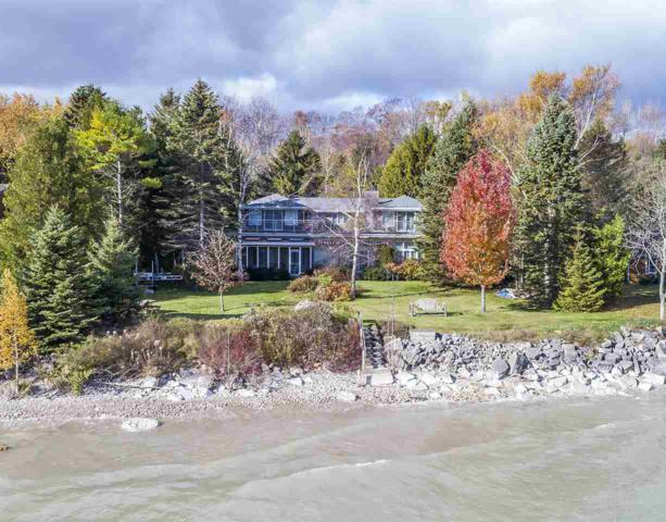424 Lower Lasalle Road, Sturgeon Bay, WI 54235 (#50198273) :: Dallaire Realty