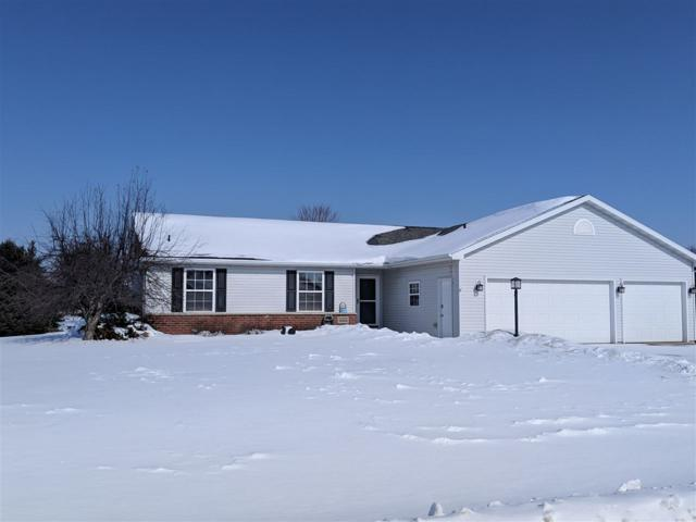 W5580 Colin Street, Appleton, WI 54915 (#50198288) :: Todd Wiese Homeselling System, Inc.