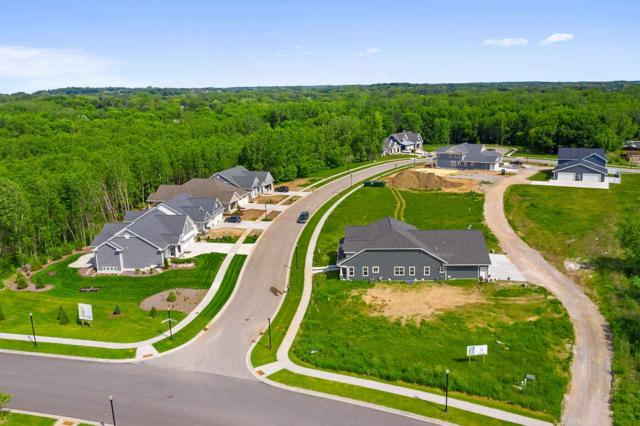 724 Olive Tree Court, Green Bay, WI 54313 (#50198304) :: Todd Wiese Homeselling System, Inc.