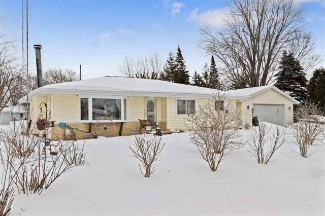 1616 N Hine Street, Appleton, WI 54914 (#50198350) :: Todd Wiese Homeselling System, Inc.