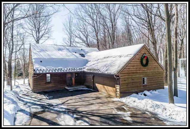 5 Breyerwood Court, Hortonville, WI 54944 (#50198936) :: Dallaire Realty