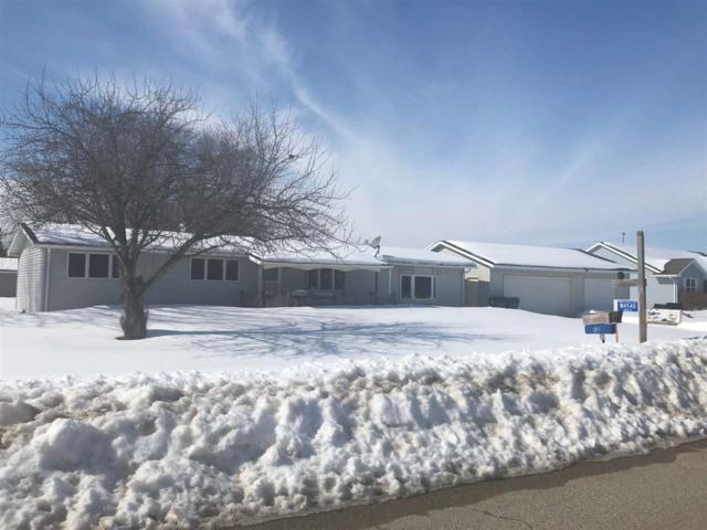 W4540 Robin Road, Black Creek, WI 54106 (#50199008) :: Todd Wiese Homeselling System, Inc.